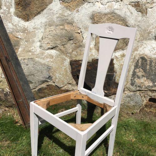 Måla en stol