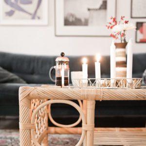Nygammal tröja, nygammalt bord och tomte-Doris