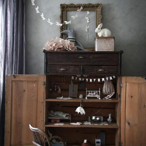 DIY: Vintage dockskåp