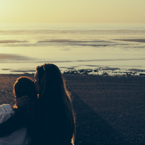 Skaldjur, strandhäng och vänner