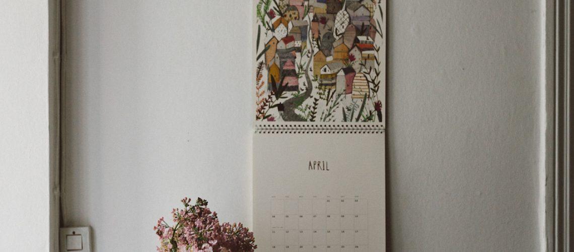 Babes-in-Boyland_April-Frankie-Calendar-2016-1