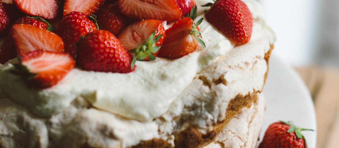 Strawberry Midsummer cake by Babes in Boyland