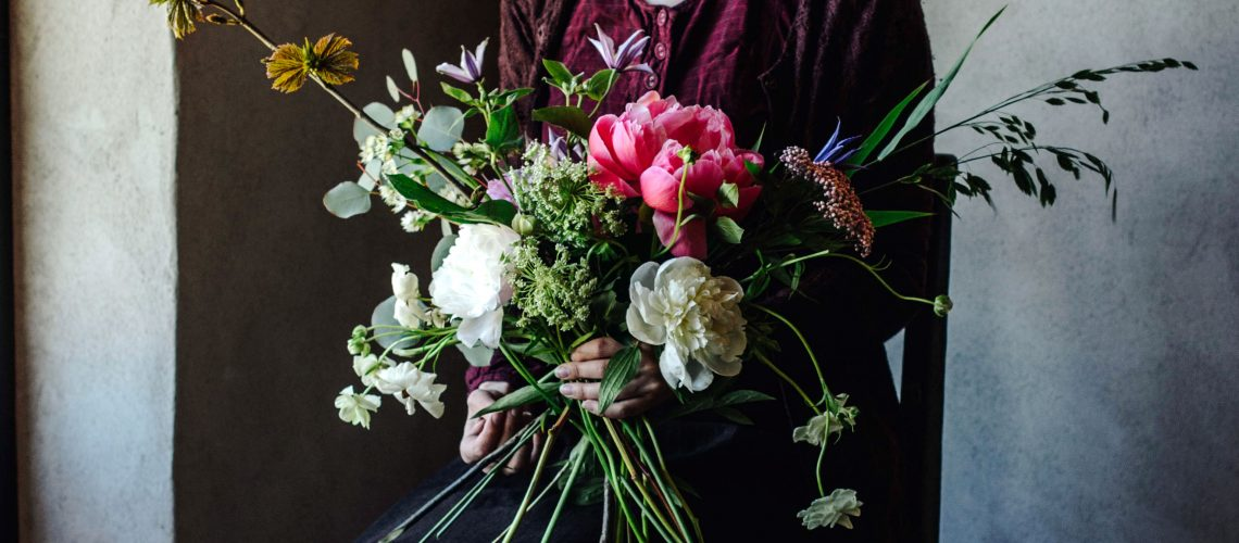 plathuset_stelor_babes_in_boyland_workshop_styling_blommor_olivia