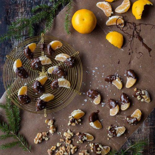 Enkelt och gott julgodis; chokladdoppade clementiner med havssalt