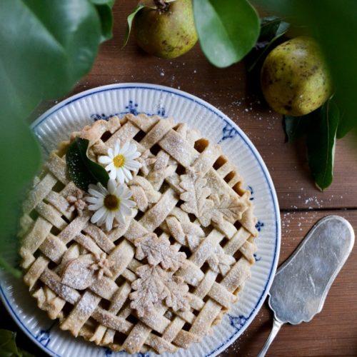 Recept på höstigt vackra päronpajer