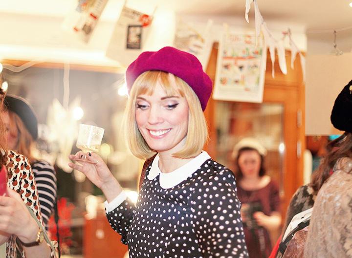 Isabelle i basker på Vintagefabriken