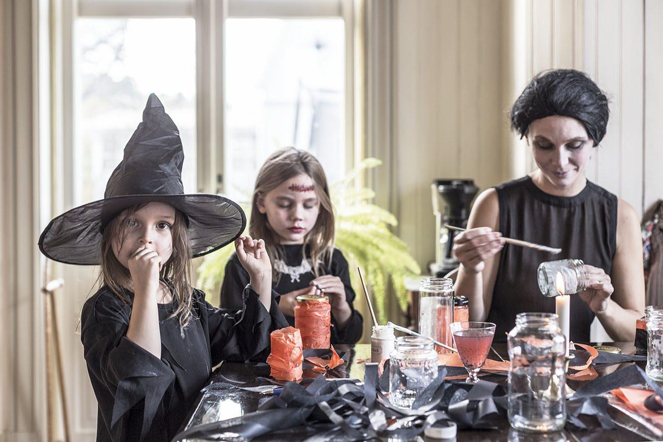 Halloweenfirande hemma hos Lina