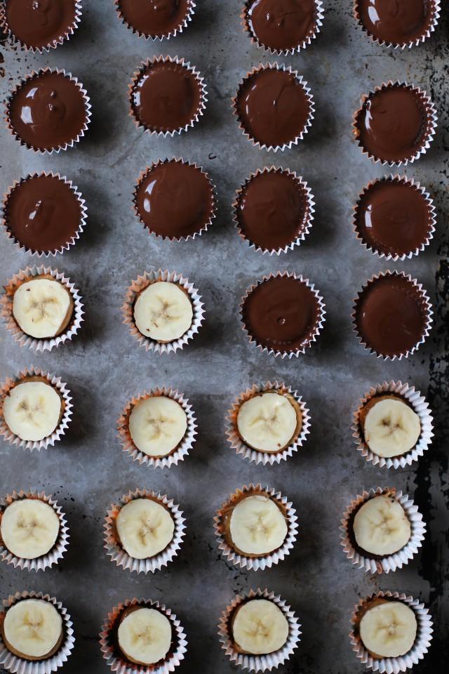 Banana-peanut-butter-cups-HonestlyYUM-640x960