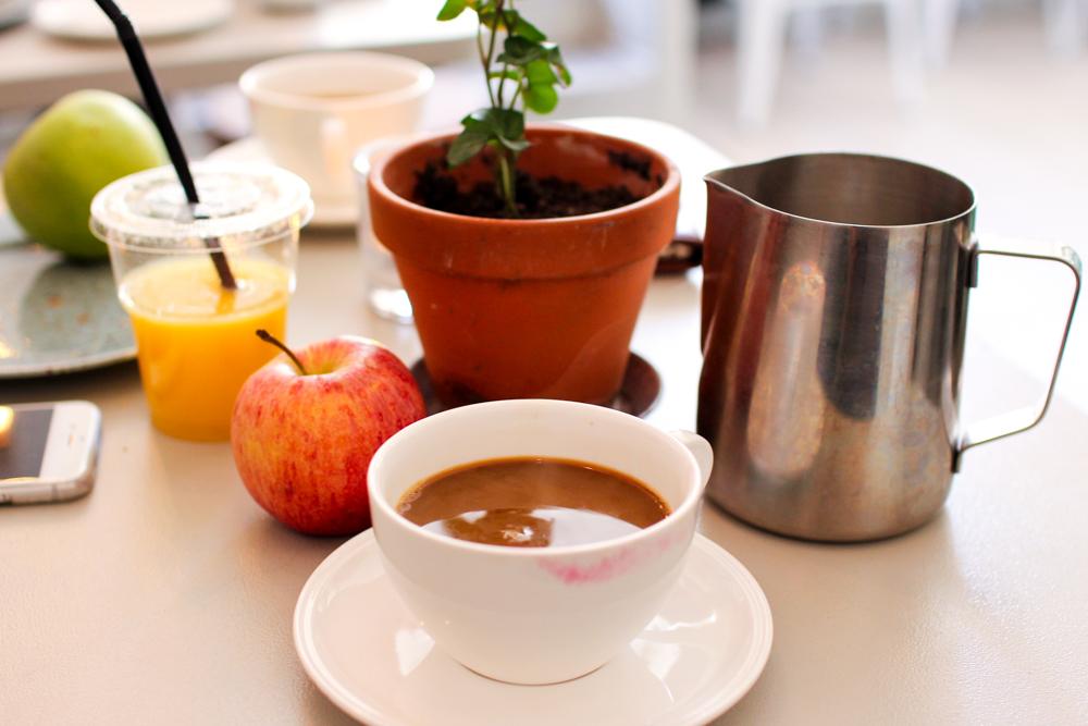 krukor och kaffe