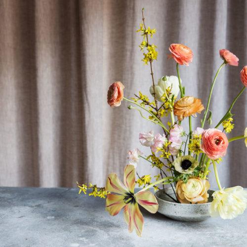 Vårblommor och kenzan