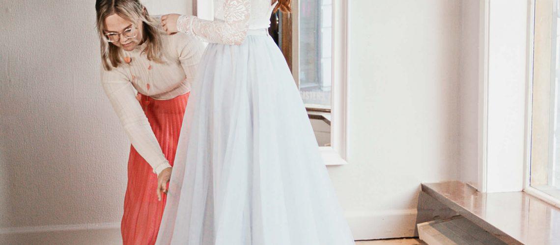 blå kjol bröllop