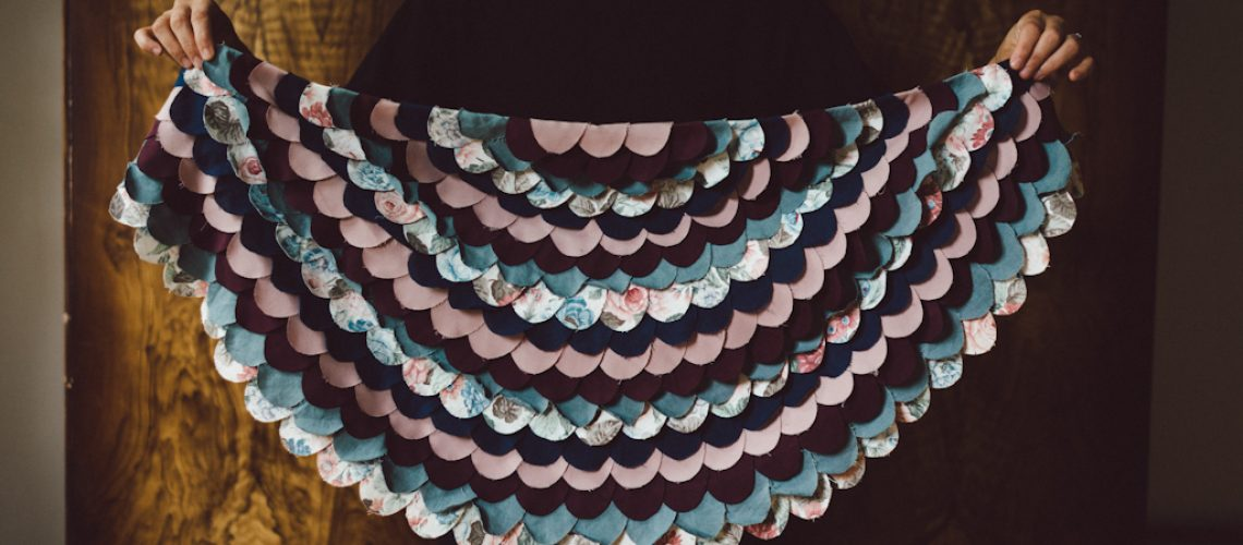 DIY: Feather cape by Babes in Boyland