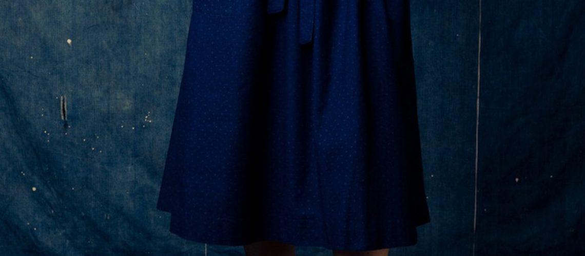 blueskirt.bluewall.bluelove.1