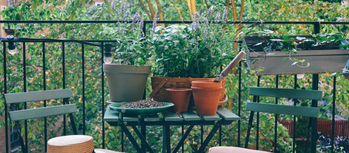 volang lovely life balkong hasselgarden liggande