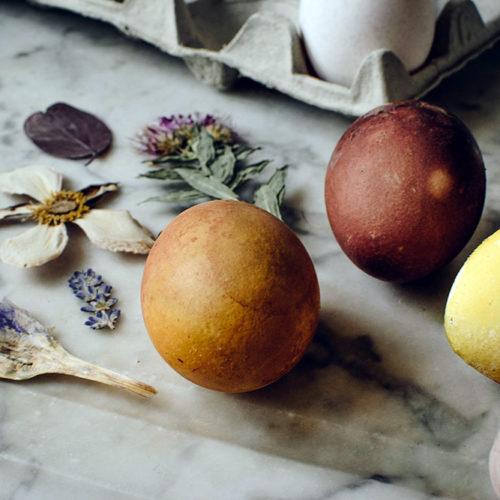 DIY blomstrande påskägg