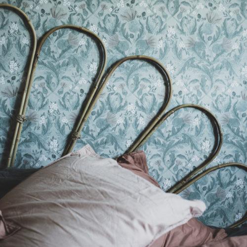 DIY Sänggavel och nya tapeter i sovrummet