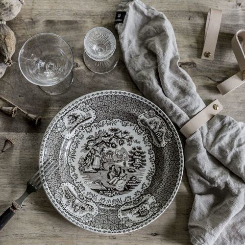 DIY – servettringar av läder