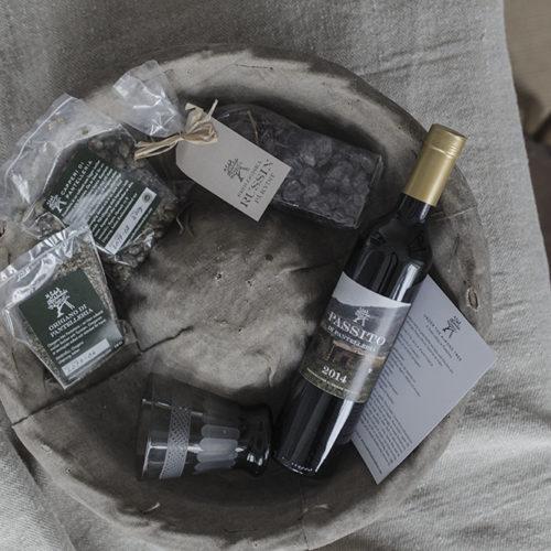 Under the almond tree – produkterna