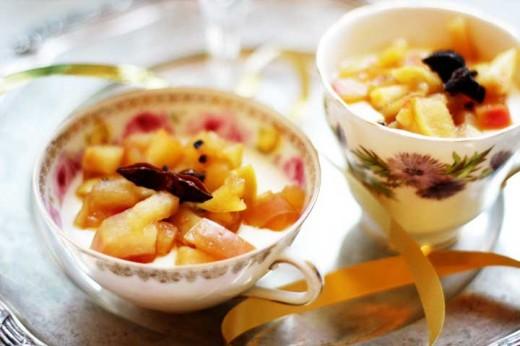 Vaniljpannacotta med kryddig äppelkompott, recept pannacotta, recept Vaniljpannacotta med kryddig äppelkompott, recept nyår, dessert nyår, volang recept