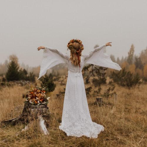 Bohemisk bröllopsinspiration i höstlandskap