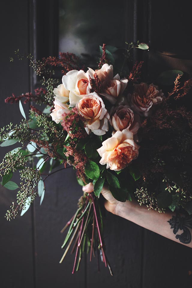 finch_and_fawn-garden-roses-6