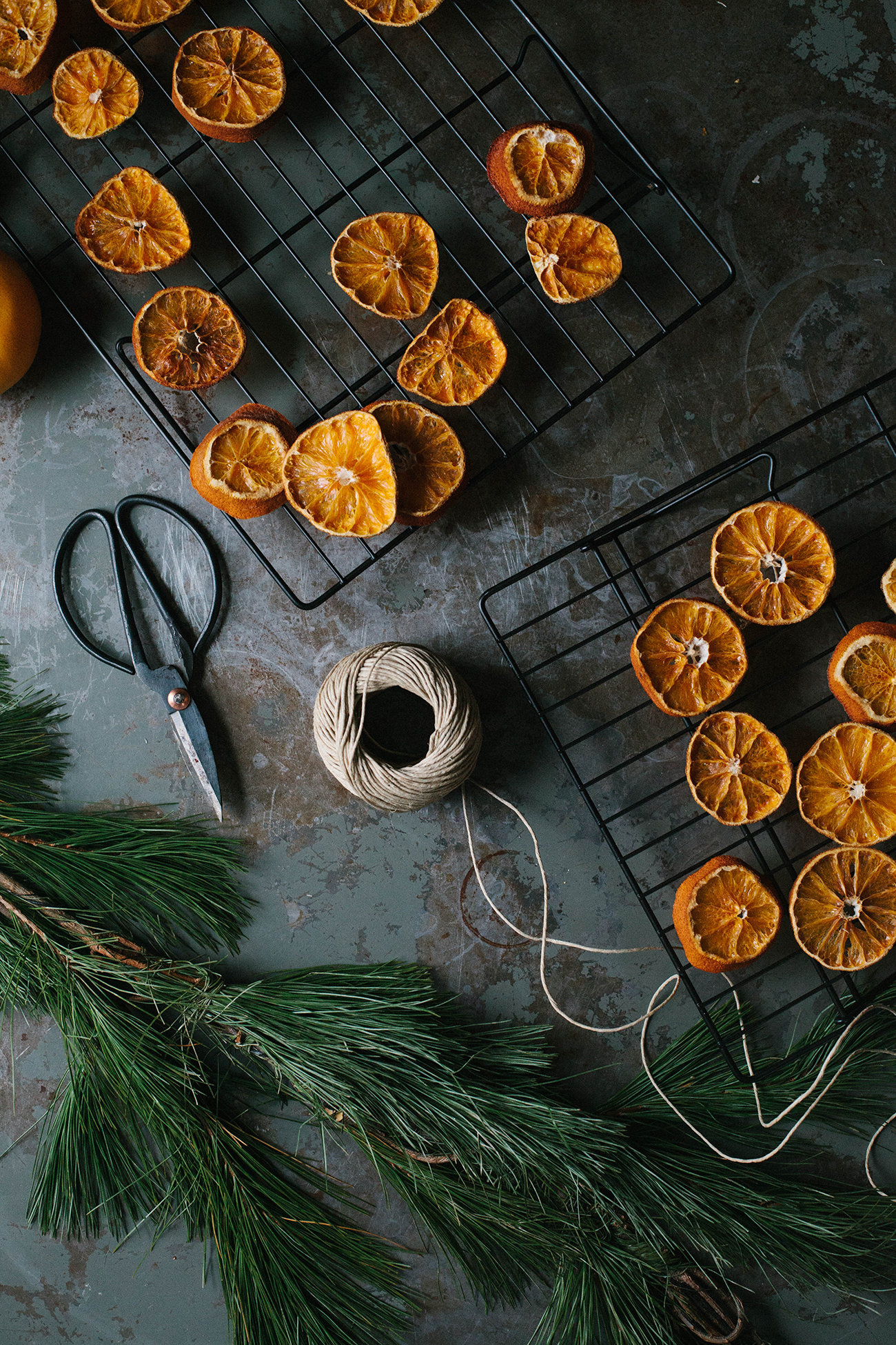 dried-orange-garland-18